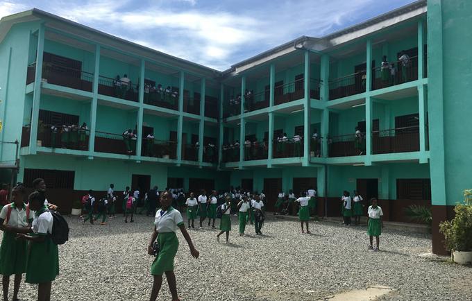 Vue des élèves du Lycée de l'alliance crétienne