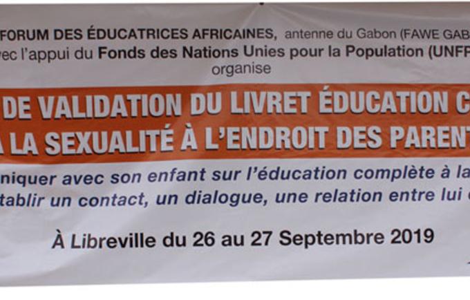 Atelier de validation du Guide de Communication Parent/enfant sur l'Education Complète à la Sexualité (ECS)