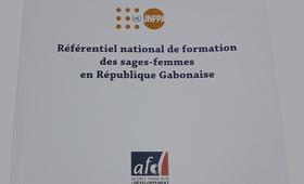 Reférentiel national de fomation des sages-femmes en république Gabonaise